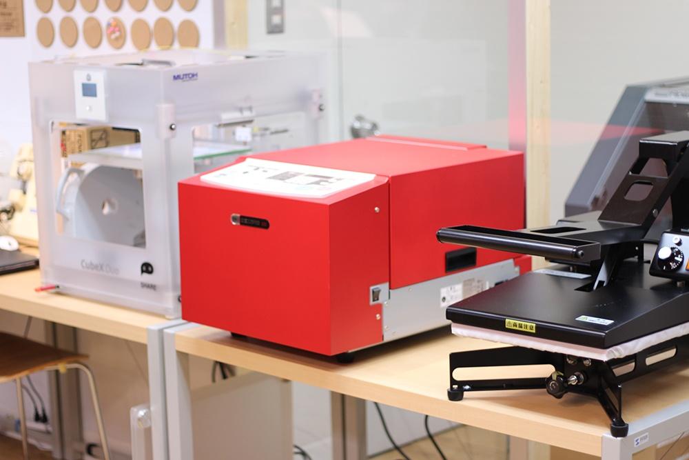 3Dプリンターと機械たち